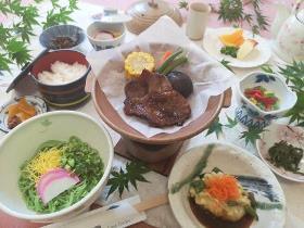 錦雲豚味噌ステーキと大分かぼす麺